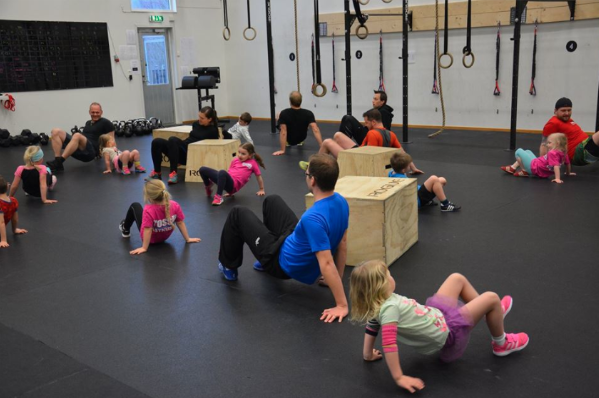 Vad är CrossFit?   CrossFit Eken